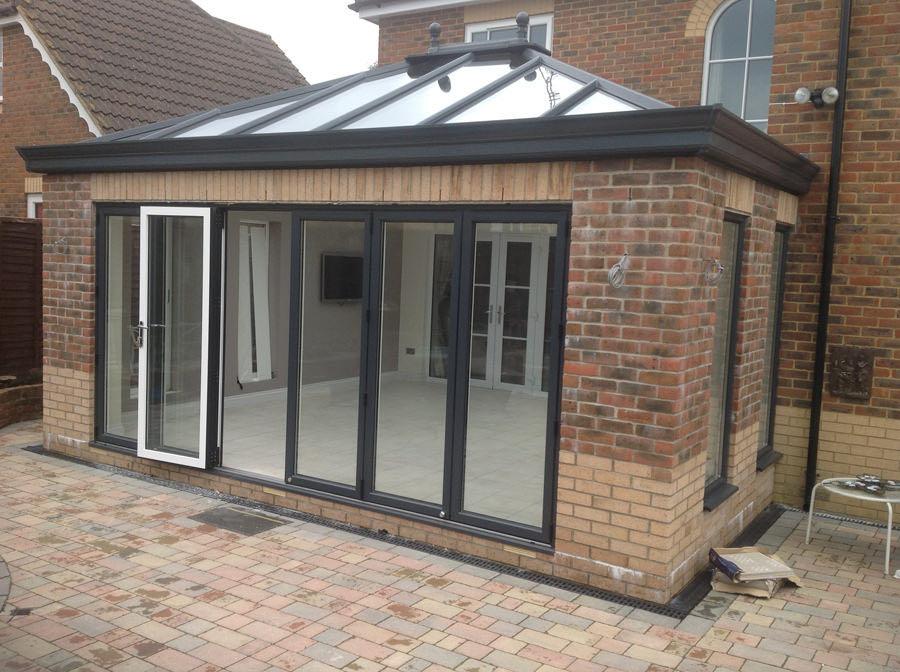aluminium bi-fold doors romsey