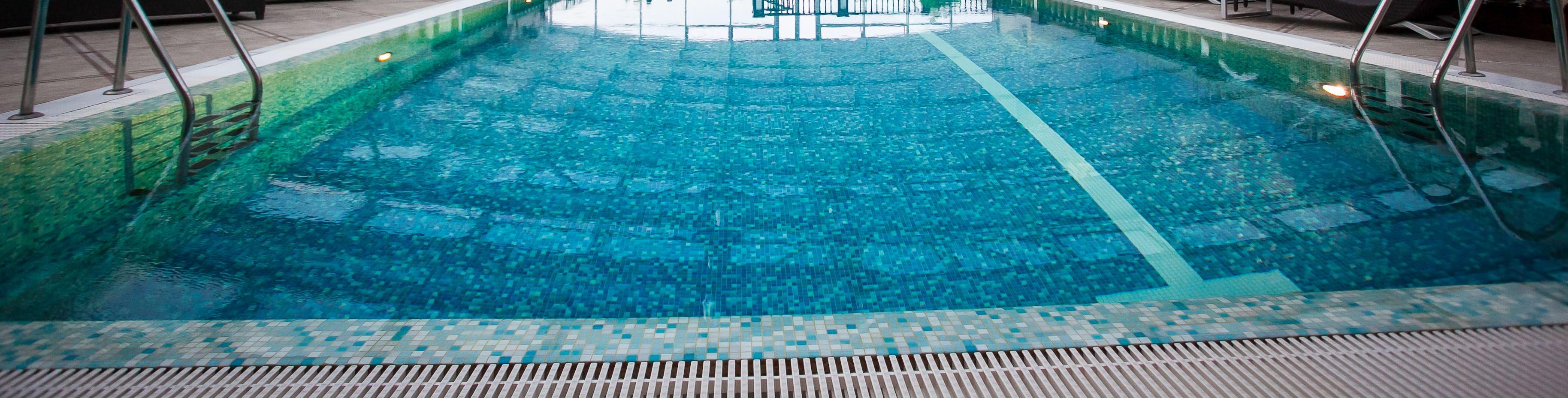 swimming pool orangery